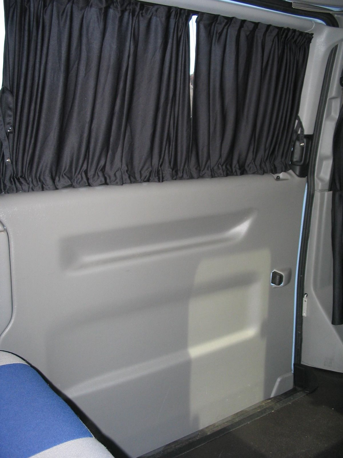 How to Make Camper Curtains | eHow.com